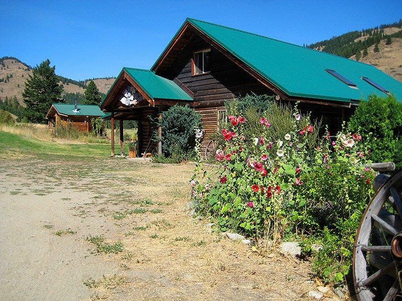 Skalitude Lodge