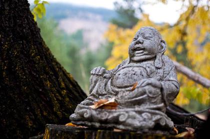 skalitude retreat center magic buddha